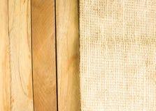 Textura de madeira do fundo e do fundo da esteira sobre para cima e para baixo Fotografia de Stock Royalty Free