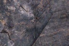 Textura de madeira escura velha com quebras Foto de Stock Royalty Free