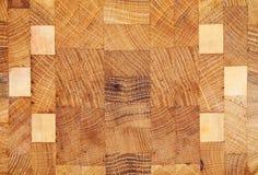 Textura de madeira com os testes padrões geométricos isolados no branco Fotos de Stock