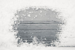 A textura de madeira na neve, preto e branco Fotos de Stock Royalty Free