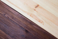 Textura de madera doble del pino y de la nuez Imágenes de archivo libres de regalías