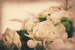 Textura de papel do vintage, ramalhetes das rosas brancas Imagem de Stock Royalty Free