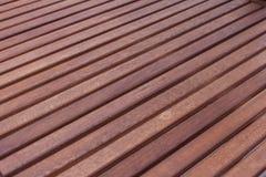 Textura de uma árvore, produtos de madeira de uma placa. Imagens de Stock