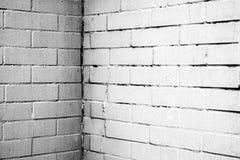 Textura de uma parede branca com tijolos Imagens de Stock