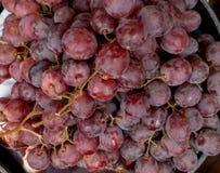Textura de uvas rojas frescas deliciosas fotos de archivo