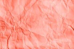 Textura de vida do papel de Coral Crumpled Configuração lisa, vista superior imagens de stock royalty free