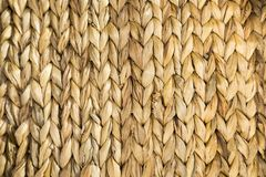 Textura de vime da cesta bege Teste padrão para o fundo ou a textura abstrata fotografia de stock