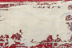 Textura del coche viejo del color rojo que pela apagado Fotografía de archivo