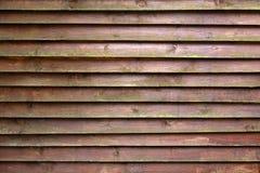 Textura do fundo da parede de madeira marrom velha Fotos de Stock
