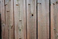 Textura do fundo de placas de madeira não tratadas no ar livre fotos de stock royalty free