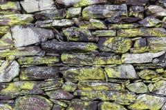 Textura do fundo de uma parede drystone imagens de stock royalty free