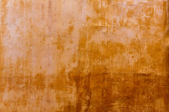 Textura dourada da fachada do ocre do grunge de Menorca Ciutadella imagens de stock