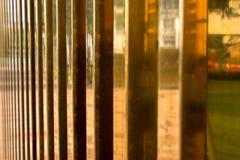 Textura dourada das barras para o fundo fotografia de stock royalty free