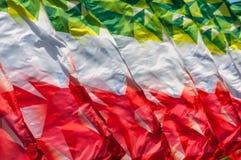 Textura, fondo, modelo Banderas que agitan en el viento Decorati Fotos de archivo