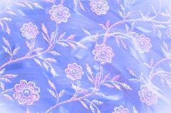 Textura, fondo, modelo Cordón rosado adornado con las flores o Foto de archivo