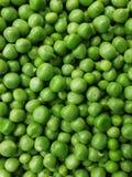 Textura fresca do fundo das ervilhas verdes Foto de Stock