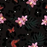 Textura inconsútil de la piel de la pantera combinada con orchiaa, las mariposas y las hojas de palma Modelo del vector stock de ilustración