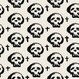 Textura inconsútil del grunge del modelo del garabato de la materia textil de los cráneos Fotografía de archivo