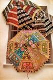 Textura indiana bordada dos guarda-chuvas fotografia de stock royalty free