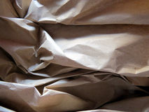 Textura marrom enrugada do papel de embalagem Fotos de Stock