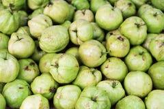 Textura natural del backgroun de la fruta tropical de la guayaba Fotos de archivo
