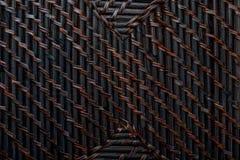 Textura natural del mimbre trenzado del color oscuro foto de archivo libre de regalías