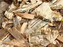 Textura ou fundo do desperdício de papel e de madeira Foto de Stock