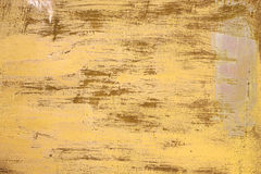 Textura oxidada Fundo amarelo riscado pintado metálico Foto de Stock Royalty Free