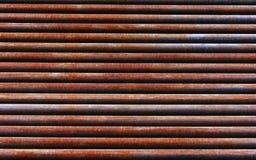 Textura oxidada roja del fondo del tubo del hierro Imagenes de archivo
