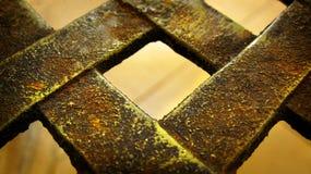 Textura oxidada velha da cerca do ferro fotografia de stock