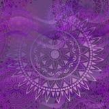 Textura púrpura con las mandalas Imagen de archivo