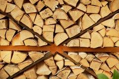 Textura, pila de madera tajada Pueblo, su hogar, cabaña fotos de archivo libres de regalías