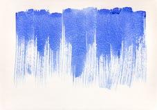 Textura pintado ? m?o da aquarela com tiras azuis fotografia de stock