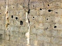 Textura quebrada de la pared de la cerca Fotografía de archivo
