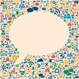 Textura social dos ícones dos meios na fôrma da bolha da conversa Fotografia de Stock
