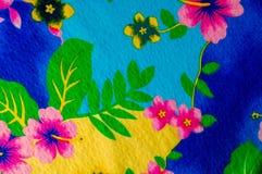 Textura, teste padrão Pano com testes padrões modelados de cores brilhantes Imagens de Stock