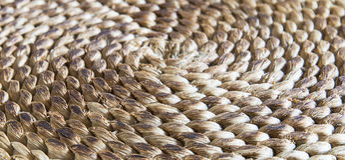 Textura trançada circular da palha Foto de Stock