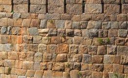 Textura velha da parede do bloco da pedra de Brown Fotografia de Stock Royalty Free
