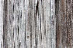 Textura velha do teste padrão da cerca para o fundo Listras verticais parede retro do celeiro da madeira fotografia de stock royalty free