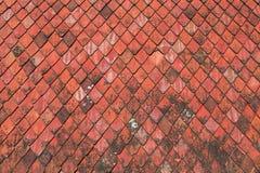 Textura vermelha das telhas de telhado Imagens de Stock Royalty Free