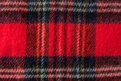 Textura vermelha do fundo da tela da flanela do lenço Imagens de Stock