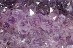 Texturamathystkristaller Royaltyfri Fotografi