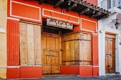 Texturas interessantes à fachada de uma casa em Antígua, Guatemala Imagens de Stock Royalty Free