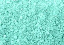 Texture bleue de fond de cristaux de sel de bain de station thermale Photo stock