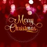 Texture brillante d'or de Joyeux Noël avec la guirlande d'étoile sur le velv rouge Photos stock