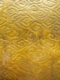 Texture chinoise de couleur d'or de modèle de nuage Image stock