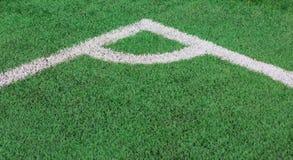 Texture d'herbe verte de coin de terrain de football Photos libres de droits
