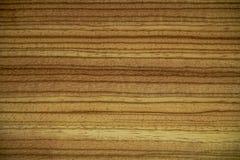 Texture de bois d'écrou sur un meuble image stock