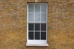 Texture de brique avec la fenêtre images libres de droits