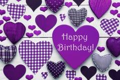 Texture de coeur de Pruple avec le joyeux anniversaire Photos stock